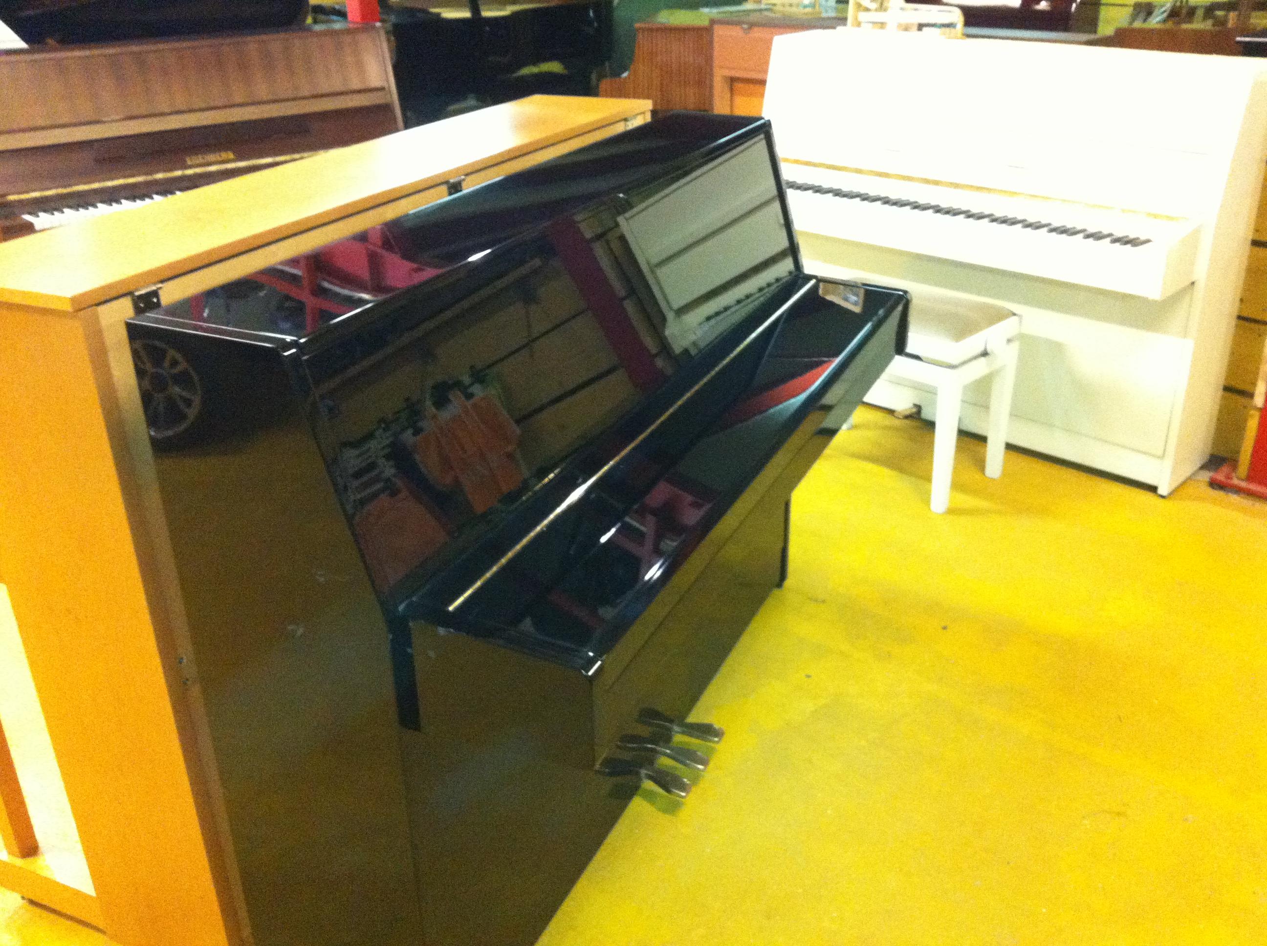 piano prix discount occasion accord pianos lorraine. Black Bedroom Furniture Sets. Home Design Ideas